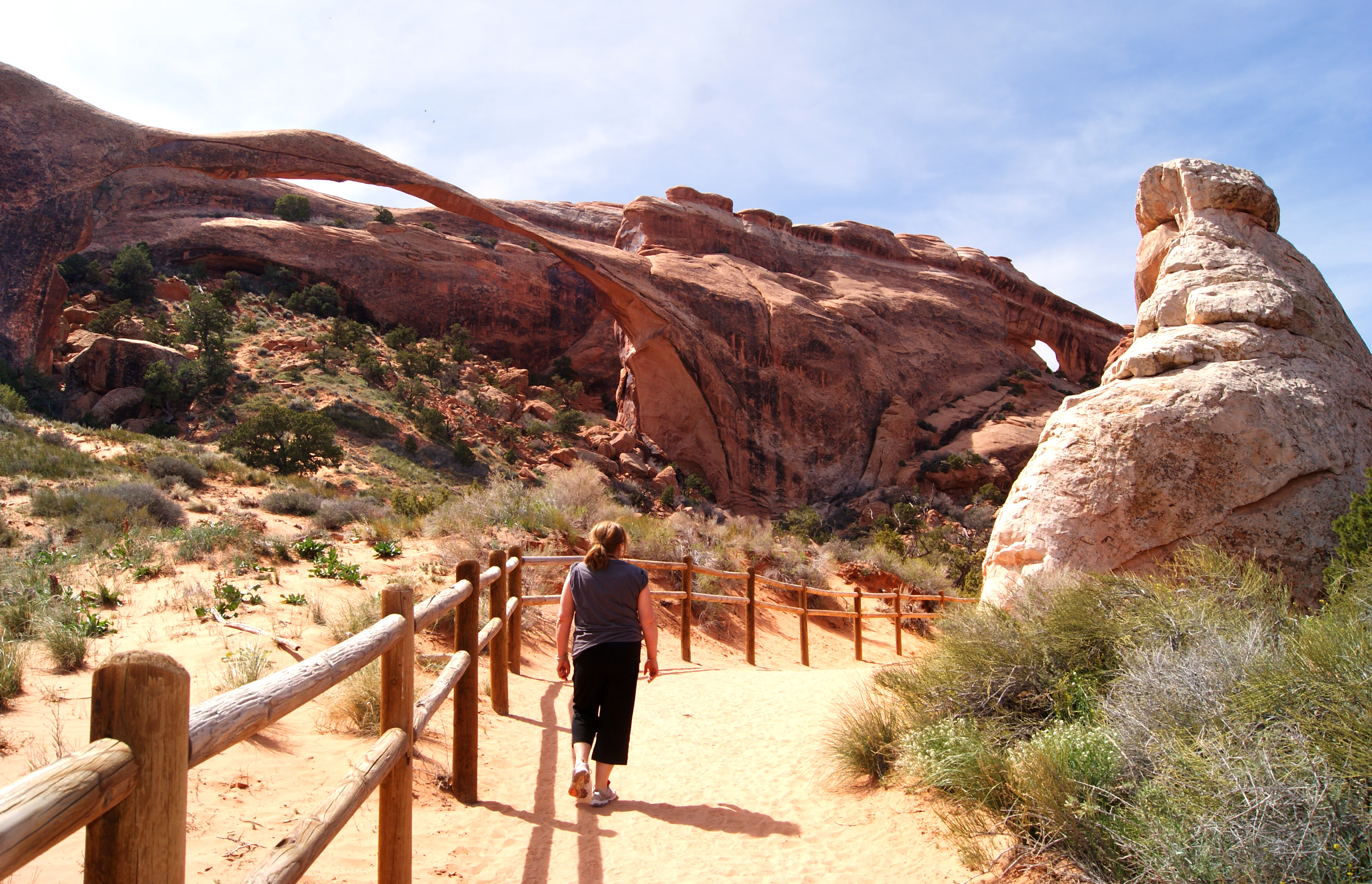 Hiking Devil s Garden Trail in Arches National Park